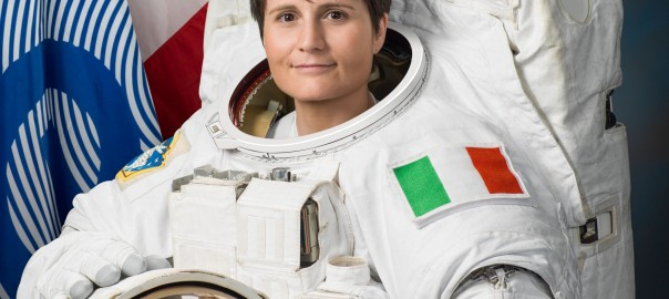 Samantha_Cristoforetti_official_portrait_in_an_EMU_spacesuit